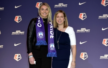 Eight UWS Alumnae Selected In 2020 NWSL Draft