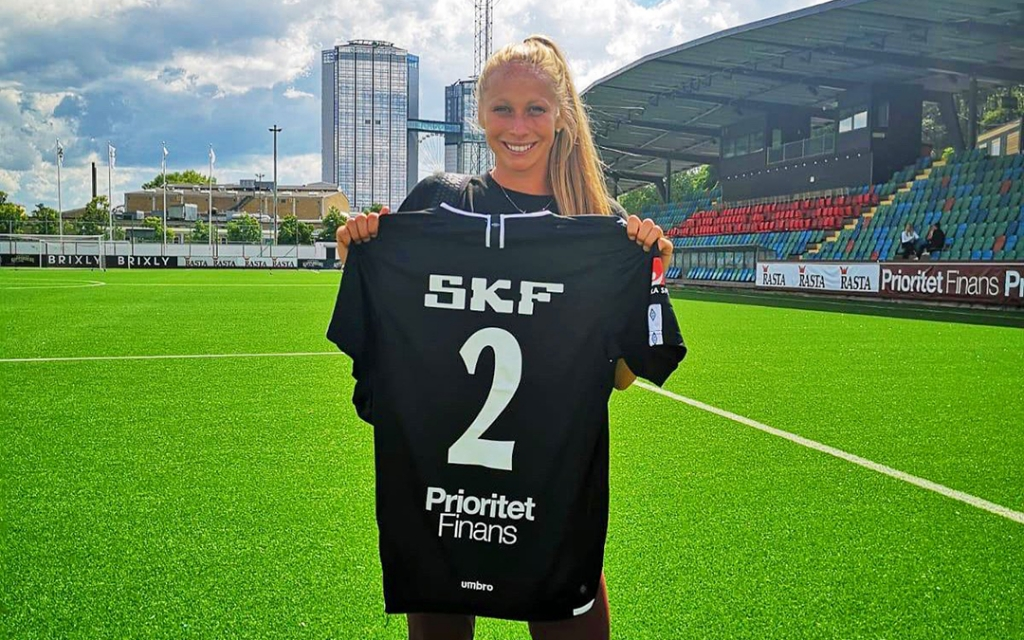 United Women's Soccer UWS Professional Contracts alumnae annika schmidt indiana union goteborg fc sweden